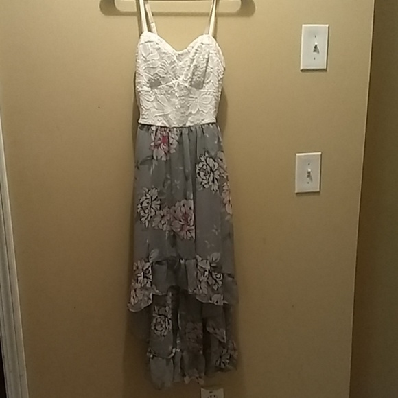 AUW Dresses & Skirts - High low dress